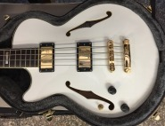 D'ANGELICO EX BASS LEFT HANDED